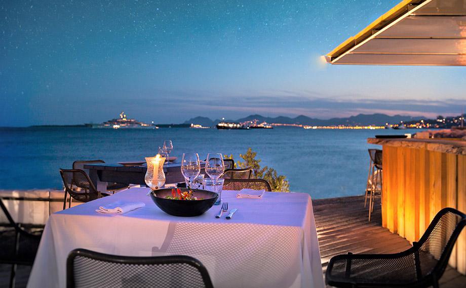 Restaurant de plage Antibes Juan les Pins